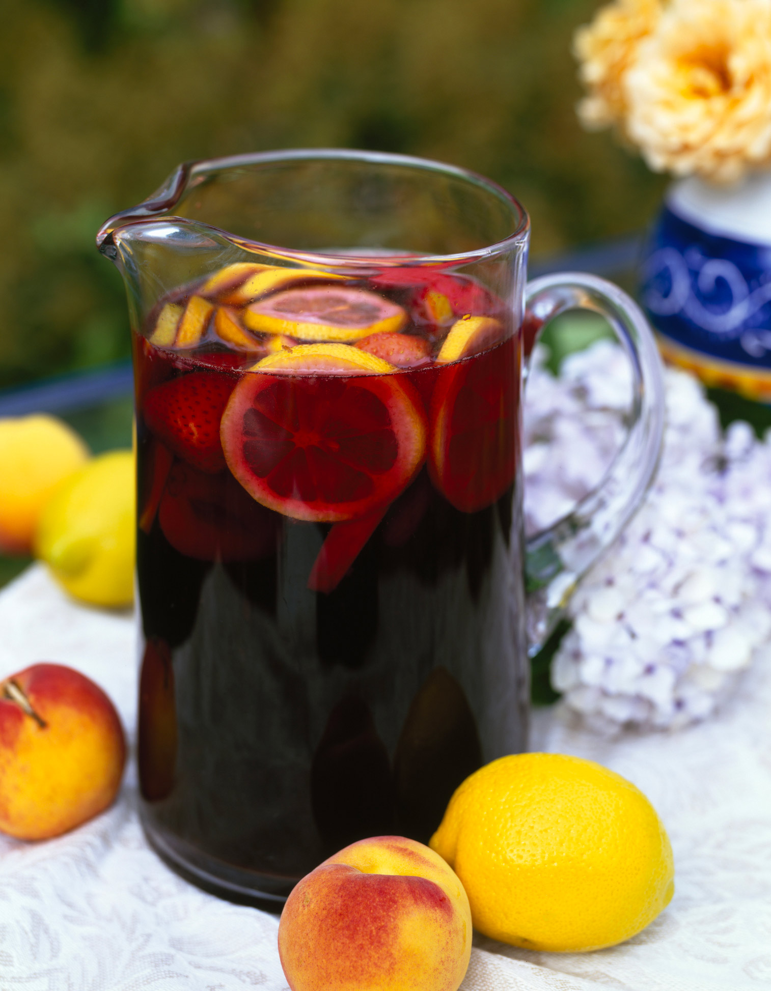 sangria pour 10 personnes recettes elle table. Black Bedroom Furniture Sets. Home Design Ideas