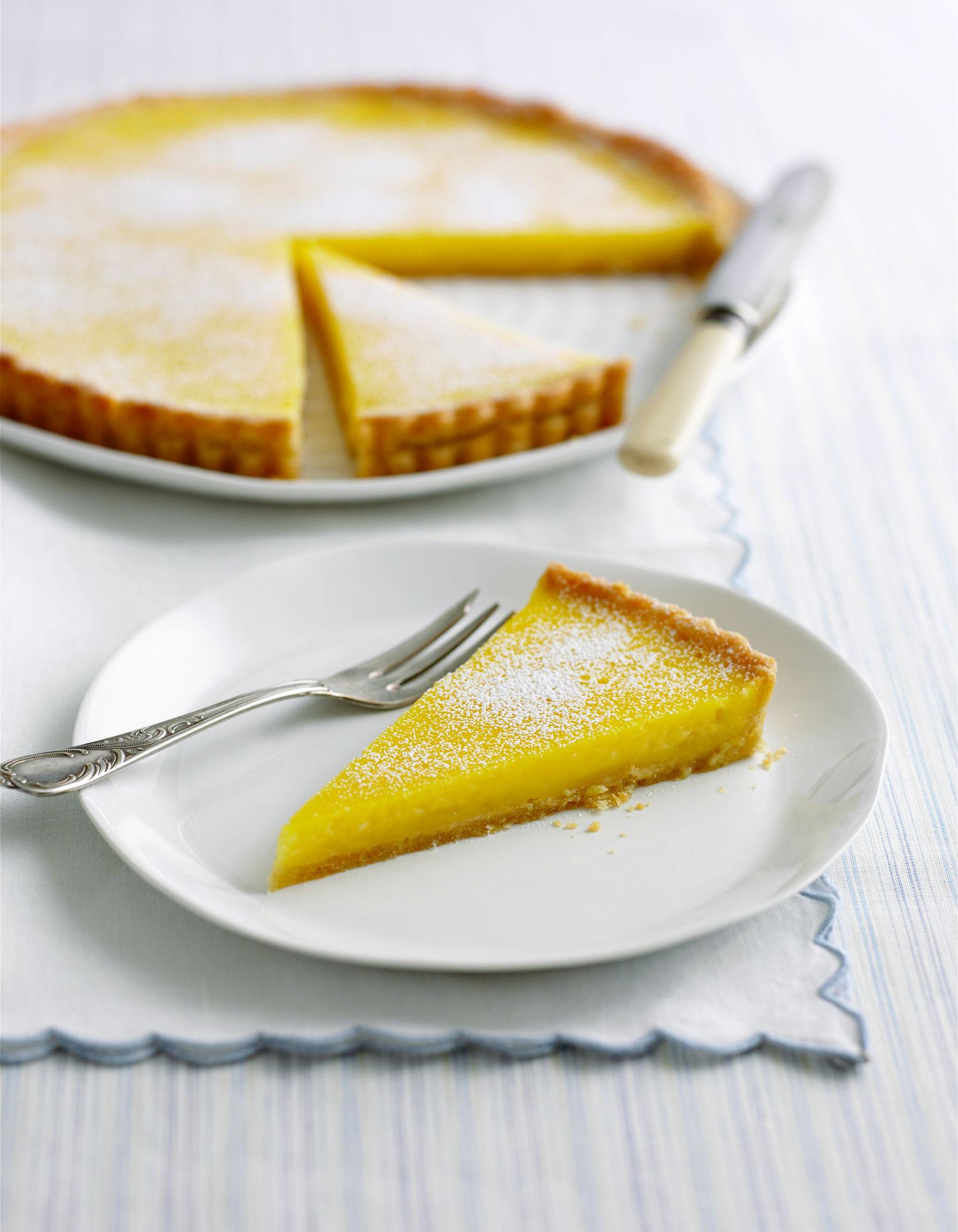 Tarte au citron thermomix pour 6 personnes recettes elle table - Cuisine de bernard tarte au citron ...