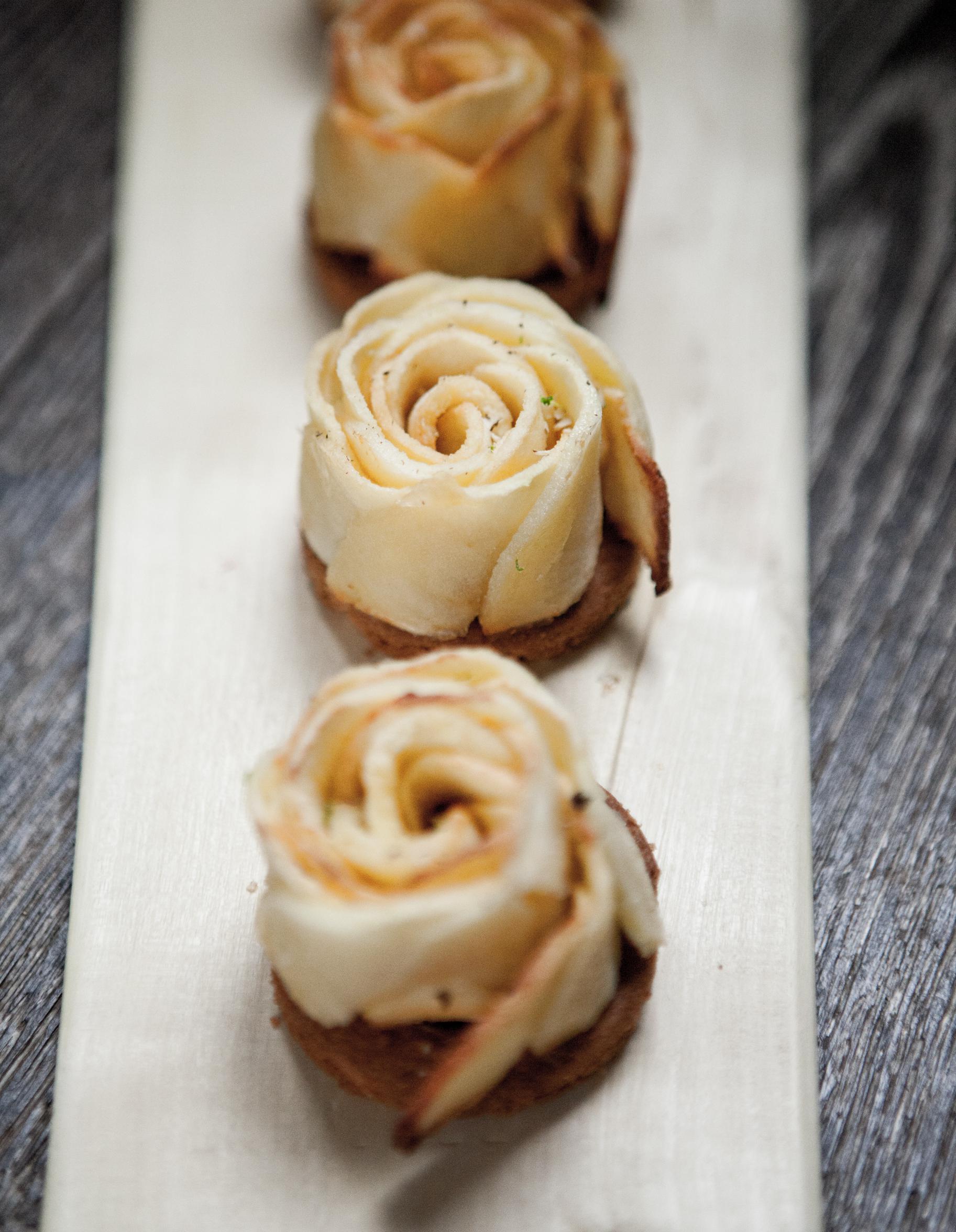 Tarte fleur de pomme de christophe michalak pour 4 - Cours de cuisine michalak ...