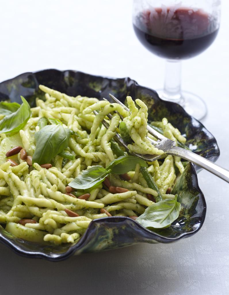 Trofie al pesto pour 2 personnes recettes elle table - Site de recettes cuisine ...