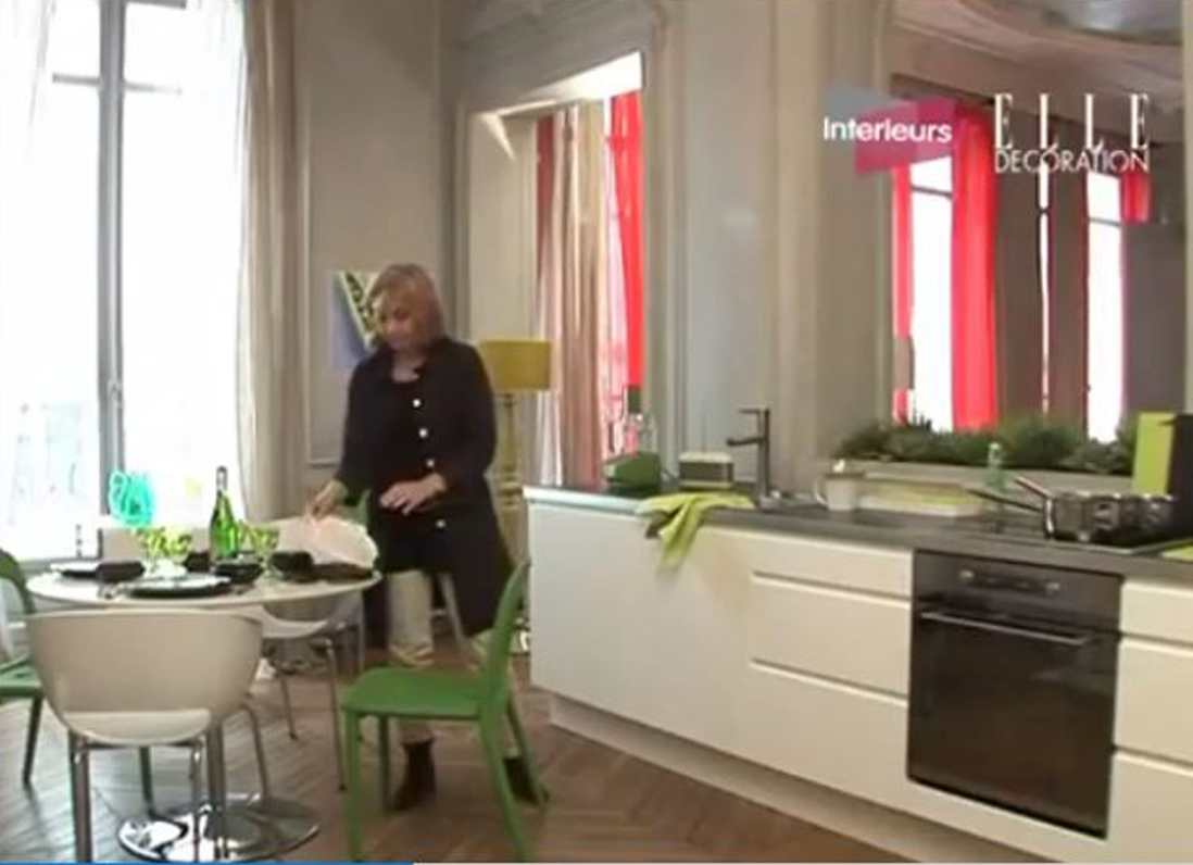 les conseils du elle d co pour d corer sa cuisine elle vid os. Black Bedroom Furniture Sets. Home Design Ideas