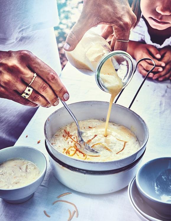 riz au lait ultra cr meux l orange pour 4 personnes recettes elle table. Black Bedroom Furniture Sets. Home Design Ideas