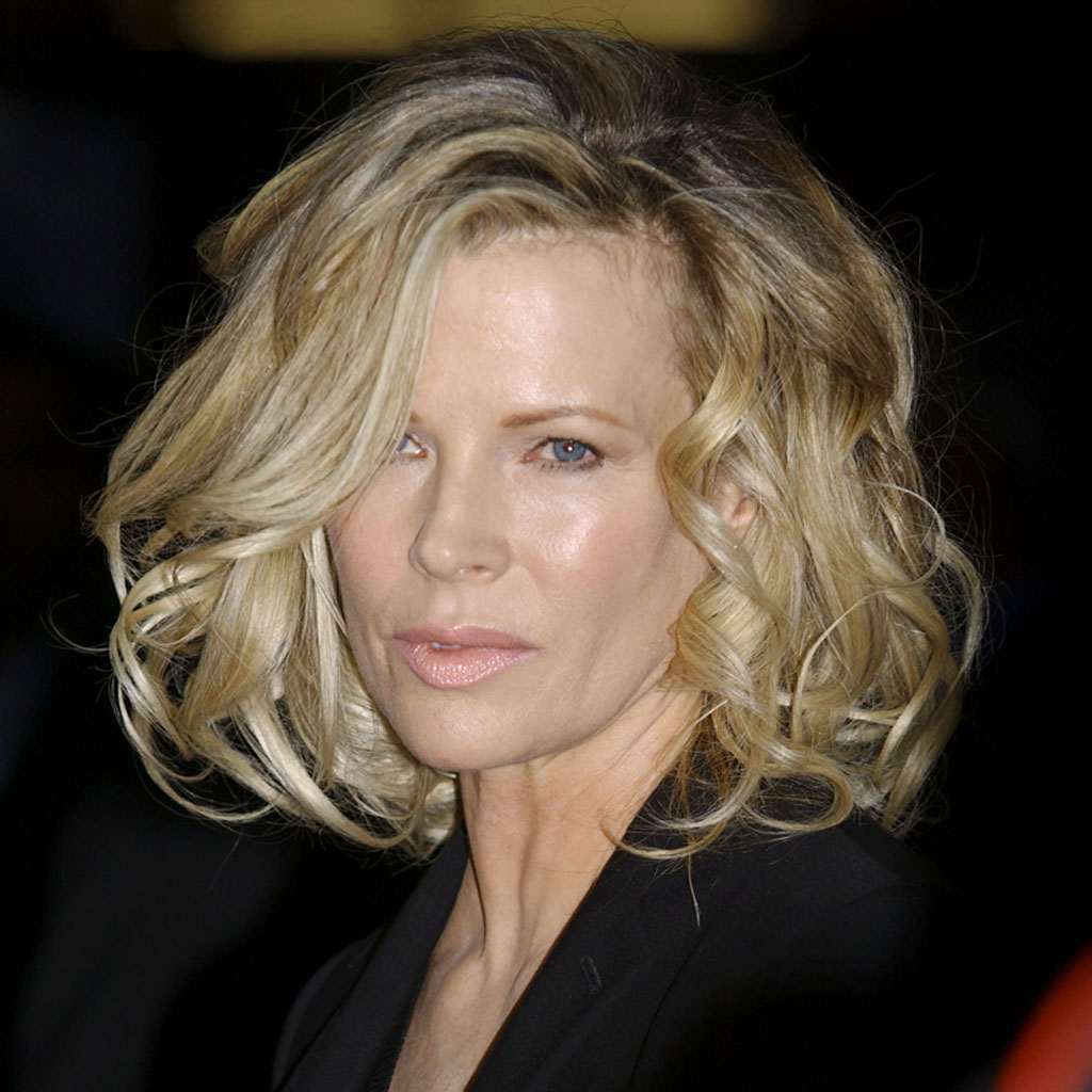 50 nuances de grey 2 d couvrez qui kim basinger a piqu le r le elle. Black Bedroom Furniture Sets. Home Design Ideas