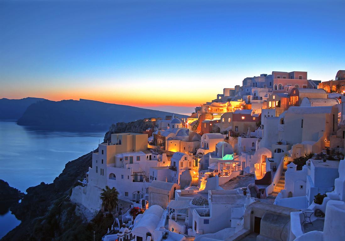 Santorin gr ce les 25 plus belles villes du monde qui for Plus belle piscine du monde