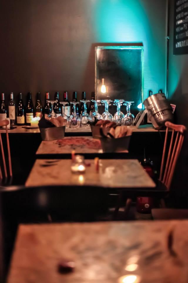 un verre de vin presque comme la maison le bar braz lille 15 adresses originales pour. Black Bedroom Furniture Sets. Home Design Ideas