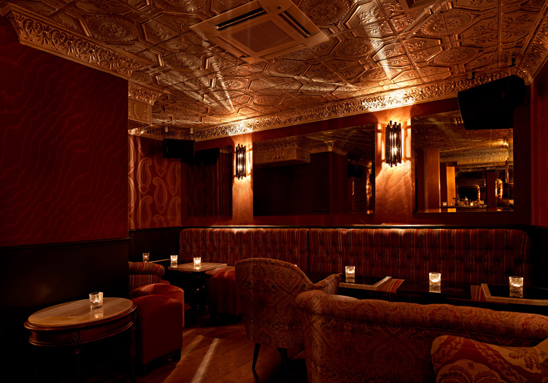 Le ballroom du beefclub bars cach s paris nos for Hell s kitchen restaurant la