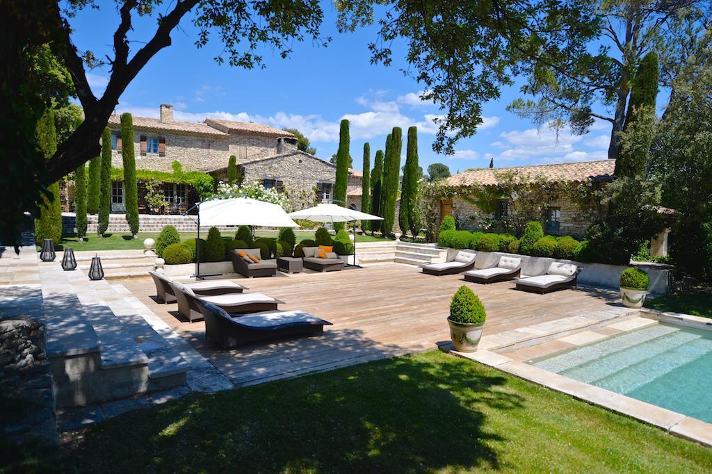 H tel en provence la villa hautvallon gordes les for Meilleur site pour reservation hotel