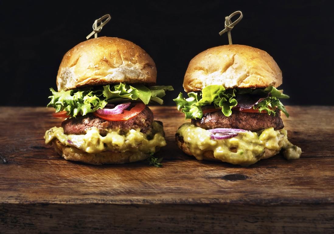 burger paris notre s lection des meilleurs burgers paris elle. Black Bedroom Furniture Sets. Home Design Ideas