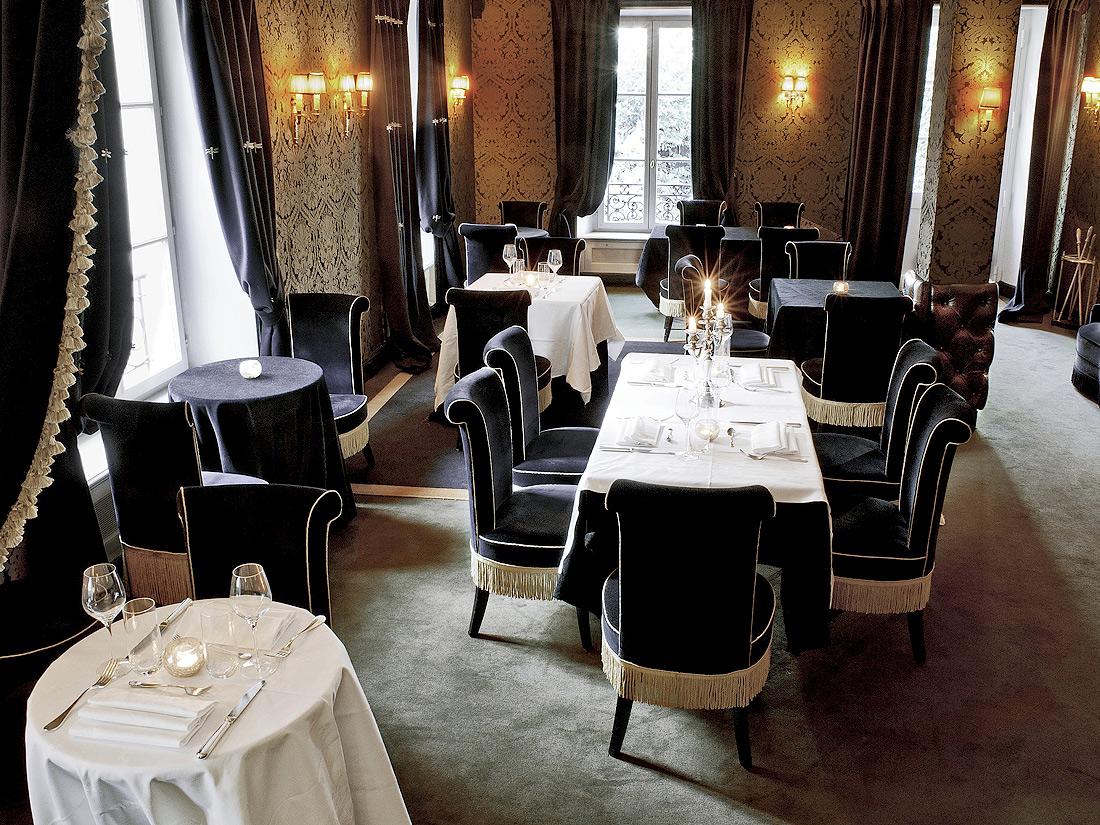 Paris 18e h tel particulier montmartre restaurants for Restaurant miroir paris 18