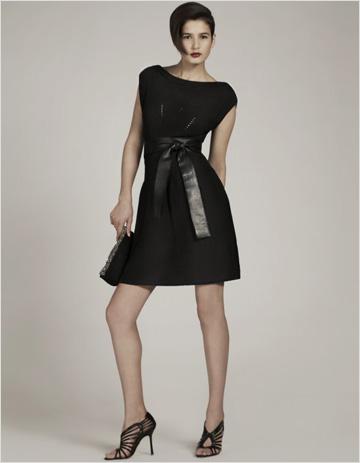 une robe noire enceinte on porte les must have de l. Black Bedroom Furniture Sets. Home Design Ideas
