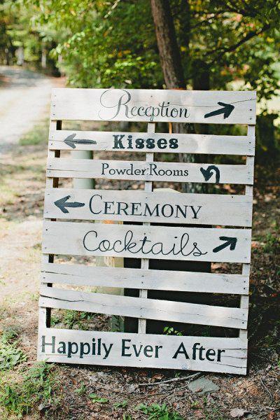 un panneau indicateur 20 id es faciles et pas ch res pour un mariage qui change elle. Black Bedroom Furniture Sets. Home Design Ideas