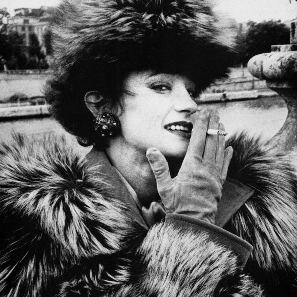 Loulou de la Falaise racontée par Betty Catroux - Elle: http://www.elle.fr/Mode/Dossiers-mode/Loulou-de-la-Falaise-racontee-par-Betty-Catroux-2854418