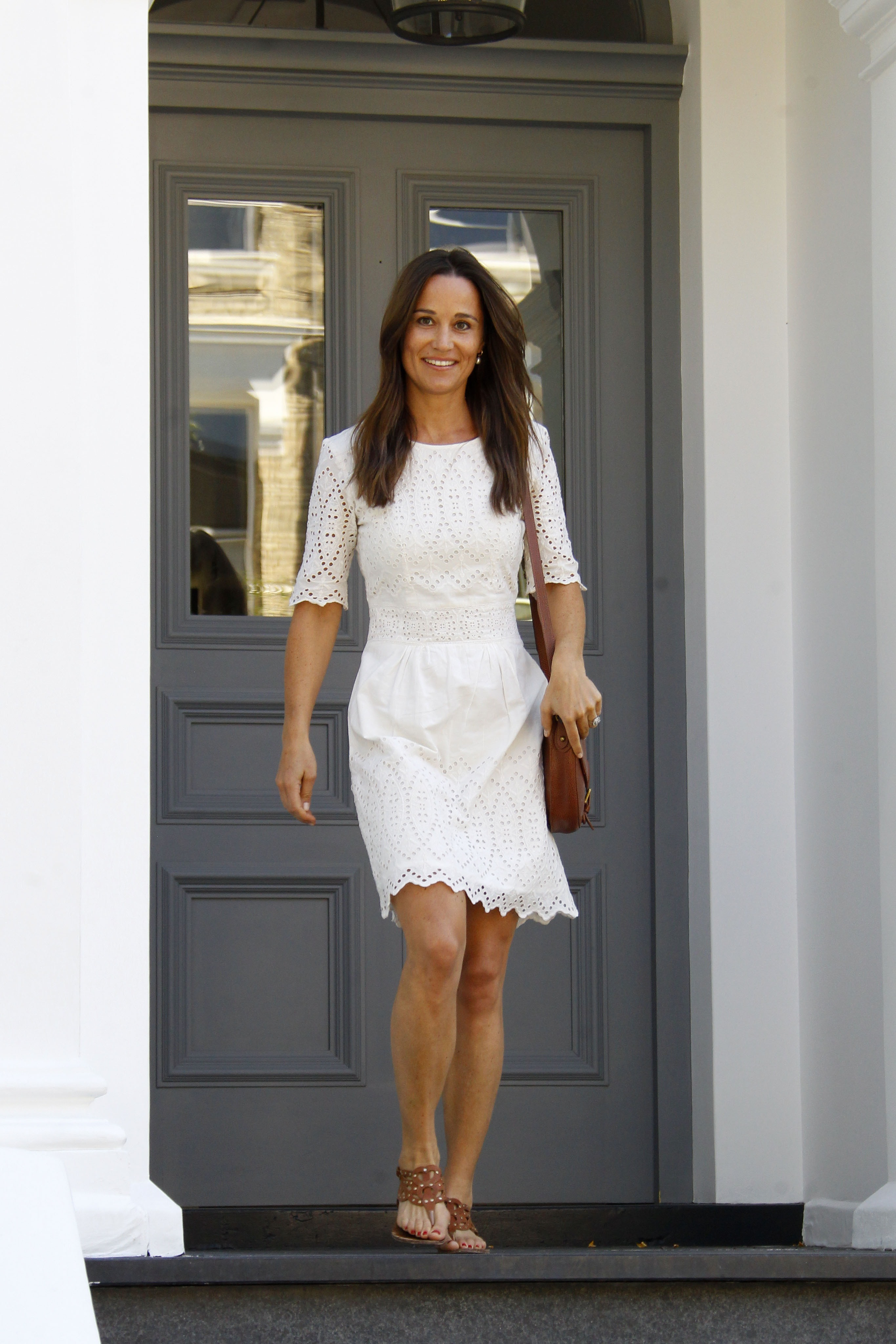 pippa middleton le look blanc la nouvelle tendance pr f r e des stars elle. Black Bedroom Furniture Sets. Home Design Ideas