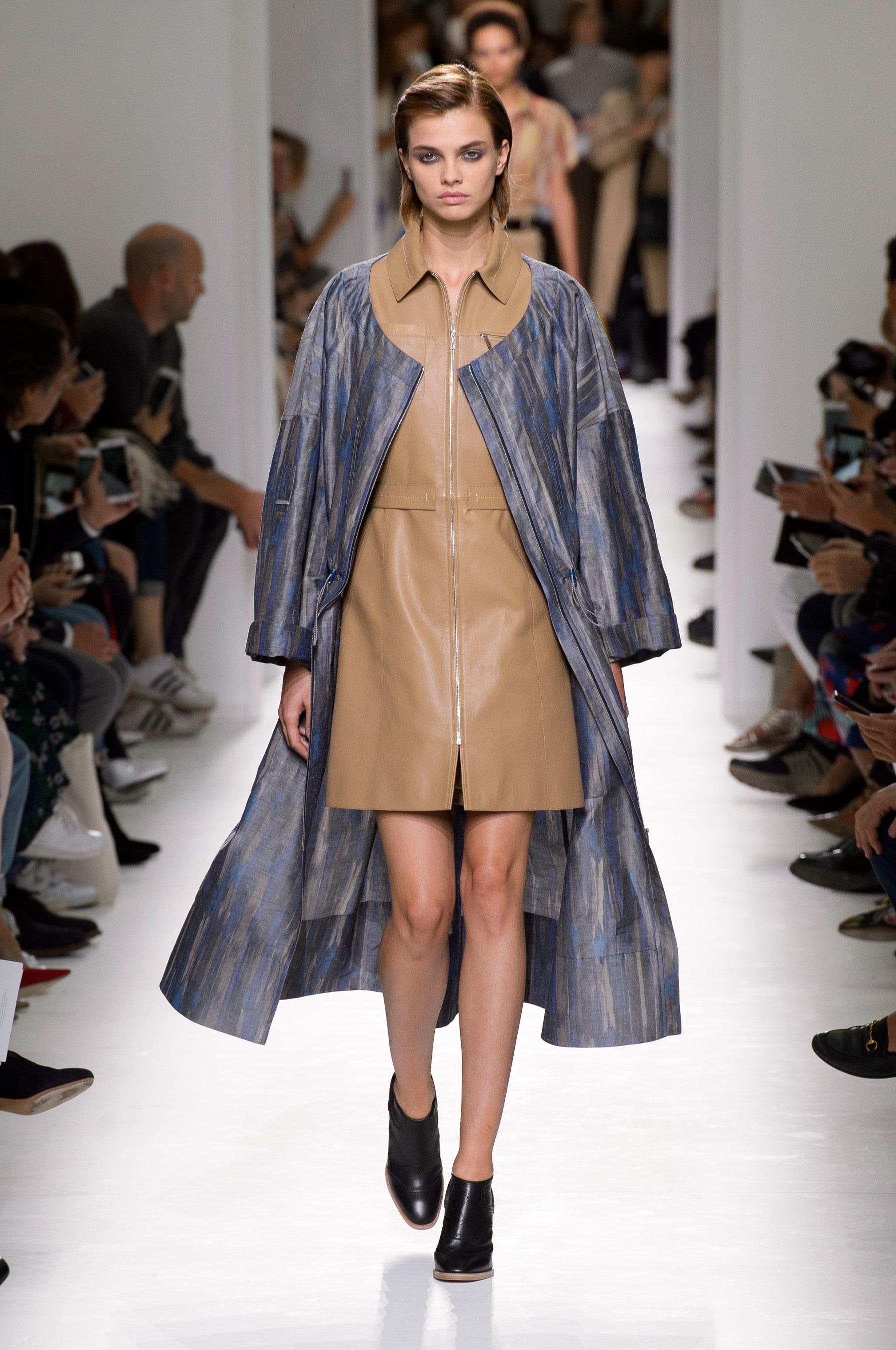 Défilé Hermès Prêt à porter printemps-été 2017 - Paris - Elle