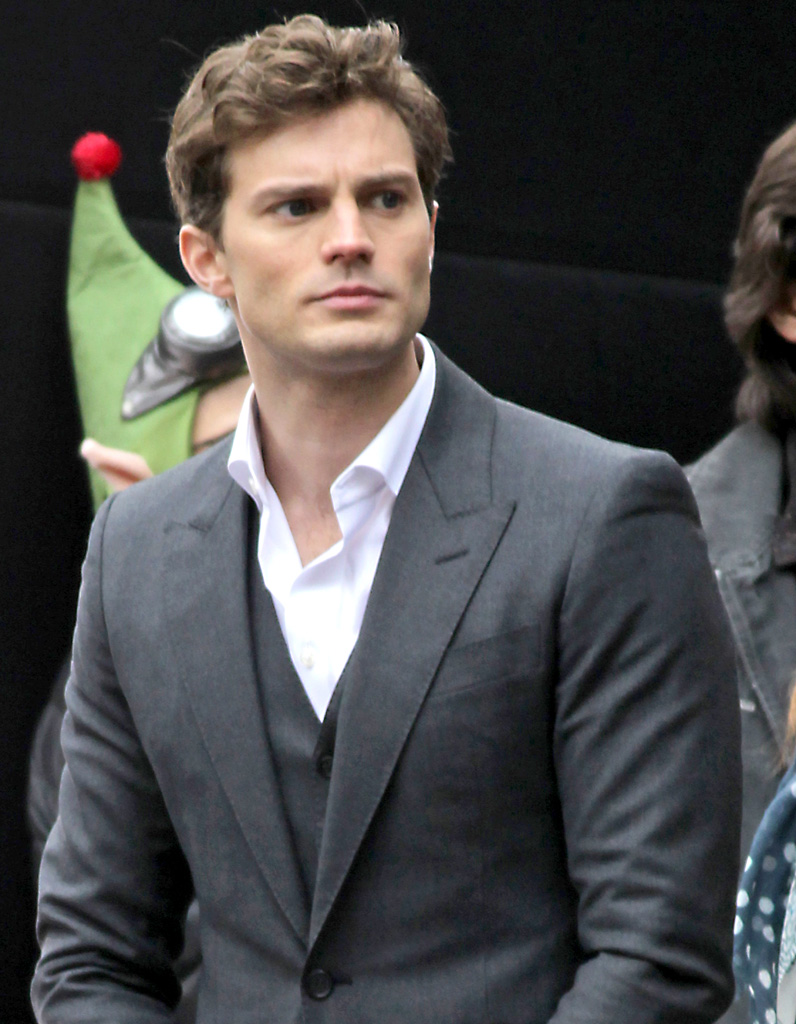 Christian grey 50 nuances de grey jamie dornan l for Chambre 50 nuances de grey