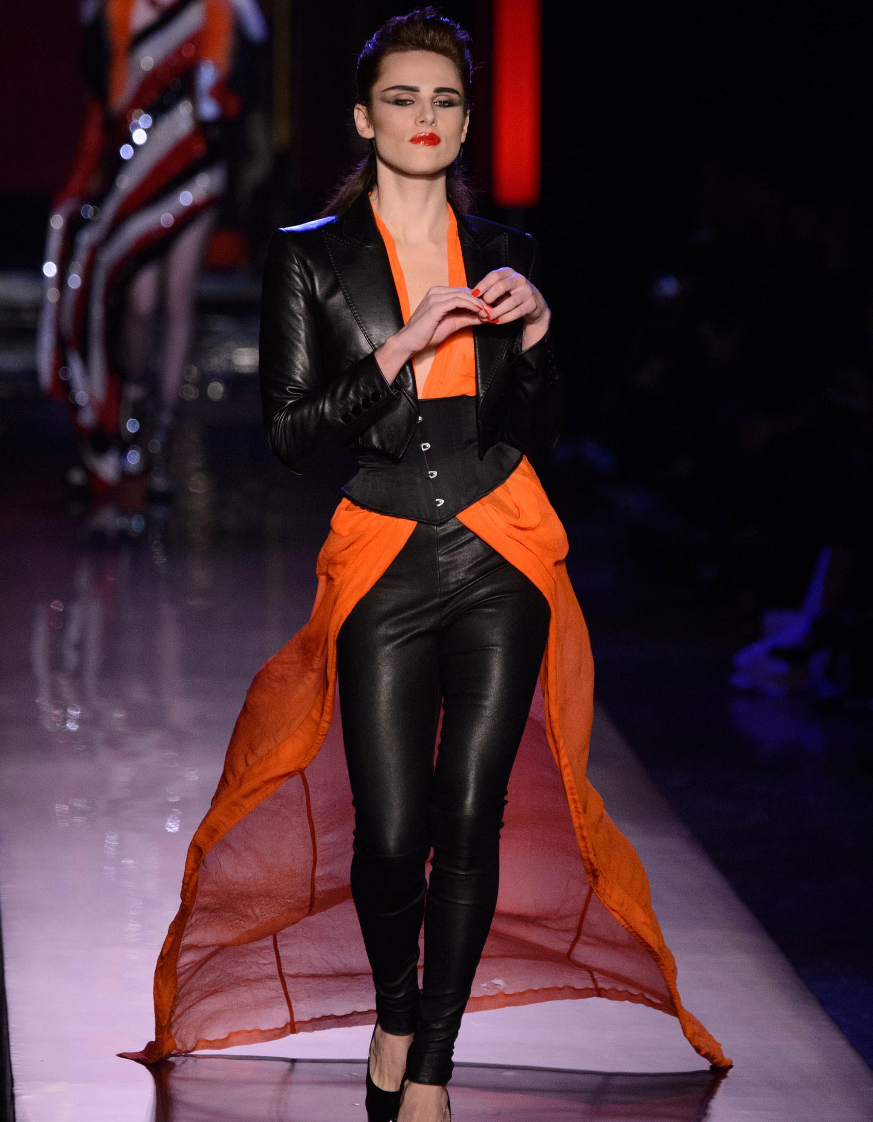Qui est Alex Wetter, le mannequin androgyne du podium de Jean Paul Gaultier ? - Elle