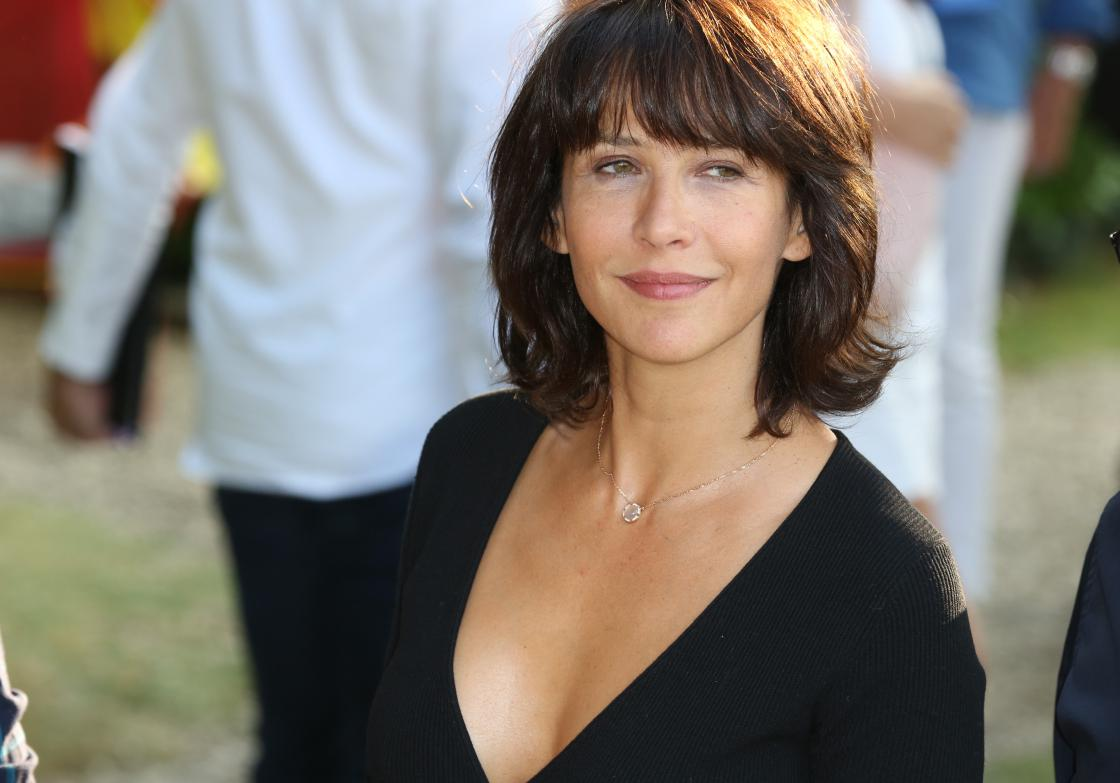 sophie marceau ses confessions sur ses enfants et ses 50. Black Bedroom Furniture Sets. Home Design Ideas