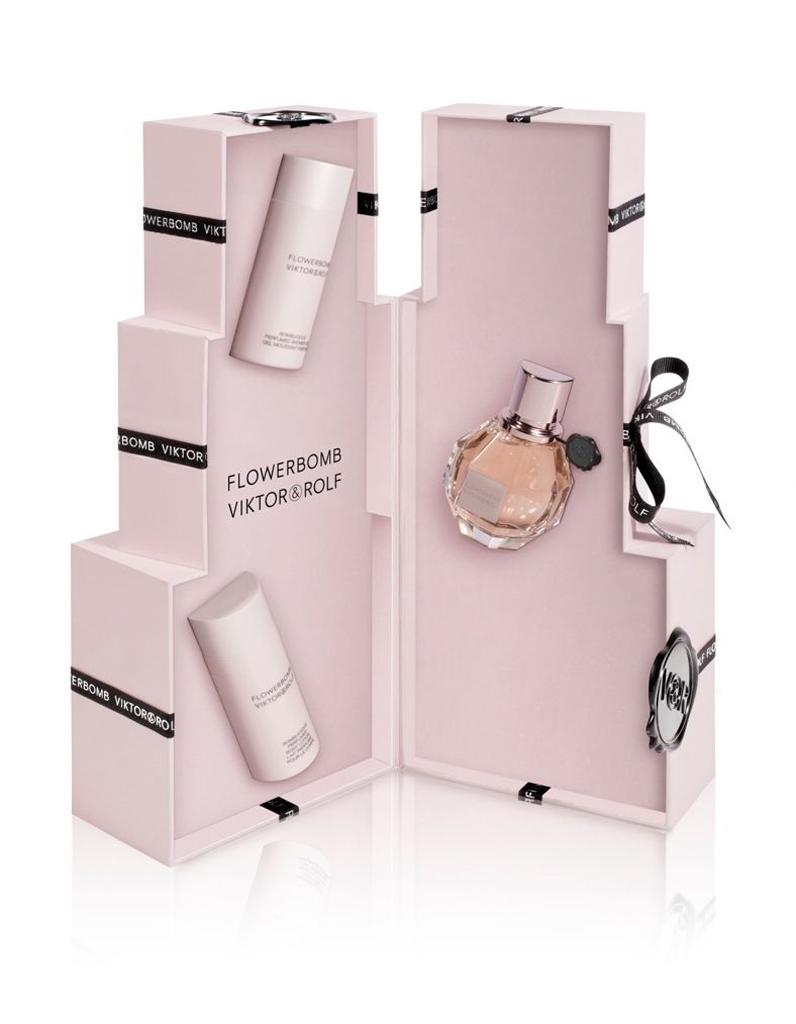 flowerbomb viktor rolf 15 parfums pour elle elle. Black Bedroom Furniture Sets. Home Design Ideas