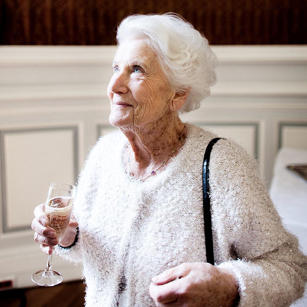jacqueline ayme elle a vot pour la premi re fois il y a 70 ans elle. Black Bedroom Furniture Sets. Home Design Ideas