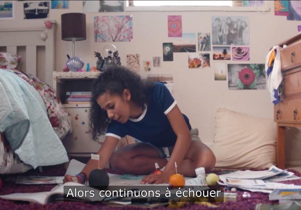 la vid o qui encourage les adolescentes ne plus avoir peur de l chec elle. Black Bedroom Furniture Sets. Home Design Ideas